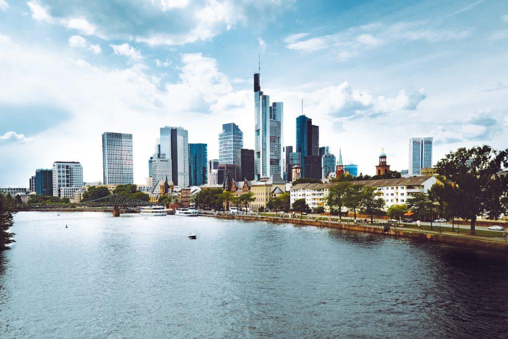 Finanzen und Wirtschaftsprüfer in Frankfurt